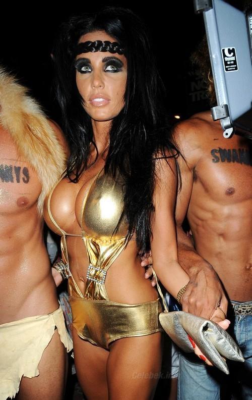 20090622-katie-price-bikini-4