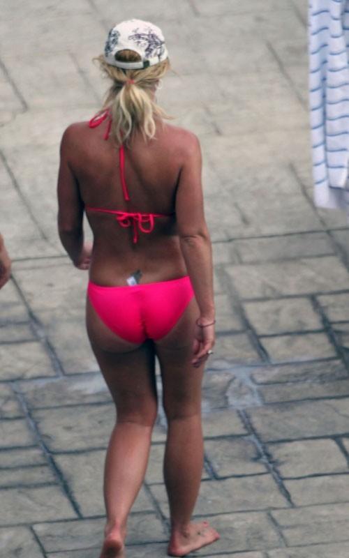 Britney Spears pink bikini 61