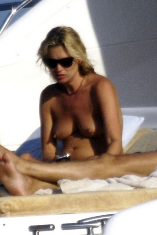 kate-moss-topless-6