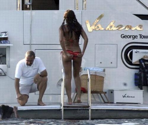 Beyonce Knowles fenekére fókuszáltak a paparazzik 1