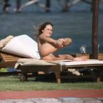 Lola Ponce bikini -15- celeb-kepek.info