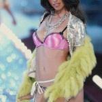 Adriana Lima képek - http://celeb-kepek.info