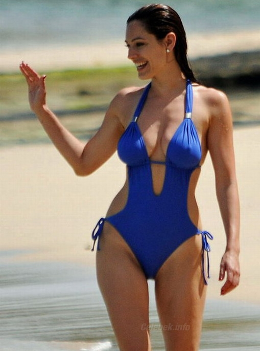 Kelly brook camel toe agree